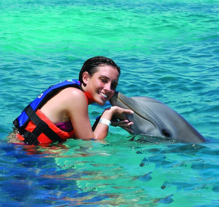 Dolphin Encounter / Dolphin Akumal