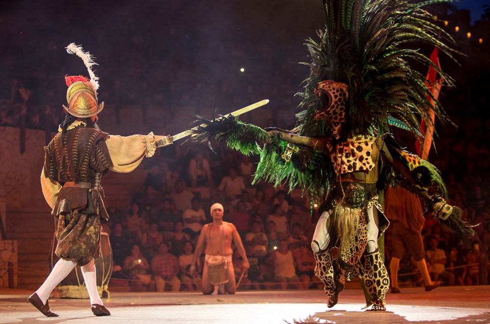 Tour xcaret de noche lomas travel for Espectaculo nocturno de xcaret