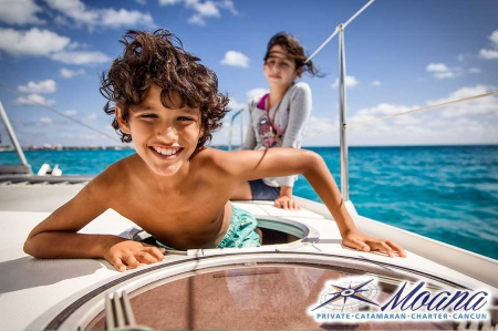 Luxury Catamaran to Isla Mujeres